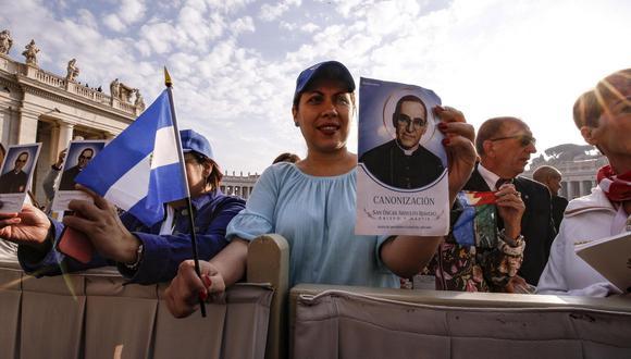 """Por qué el Vaticano llegó a ver como un """"peligro"""" a monseñor Romero (a quien convirtió en santo). (EFE)."""