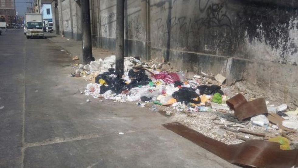 La Victoria: vecinos afectados por acumulación de basura - 1