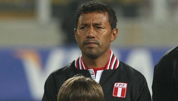 Roberto 'Chorri' Palacios fue invitado por la FIFA para presenciar el encuentro entre Perú y Dinamarca por el Mundial Rusia 2018. El ex seleccionado nacional brindó detalles para un radio local (Foto: USI)