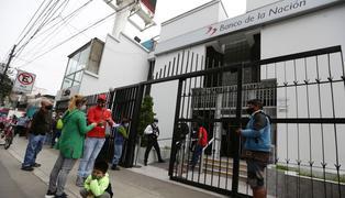 Bono Universal: ciudadanos denuncian irregularidades en el cobro del subsidio