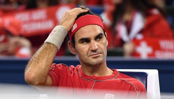 Roger Federer avanzó a cuartos de final del Masters de Shanghái 2019. (Foto: AFP)