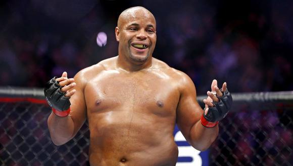 """Estrella de la UFC restó importancia al coronavirus: """"Gracias por darnos algo normal en este tiempo extraño"""""""