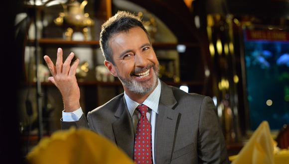 """Carlos Carlín celebra los 1000 programas de """"Wantan Night"""" recordando los aprendizajes que le dejaron sus programas anteriores. (Foto: Movistar Plus)"""