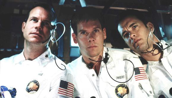 De izq. a der.: Bill Paxton como Fred Haise, Kevin Bacon como Jack Swigert, y Tom Hanks como James Lovell. La tripulación del Apolo 13 de la ficción en la cinta de Ron Howard de 1995.