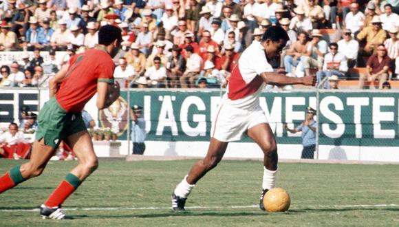 En el segundo encuentro de Perú en México 70, el 'Nene' Cubillas otra vez brilló. Ante Marruecos convirtió dos goles. (Foto: AFP).