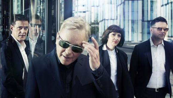 New Order: conversamos con su cantante Bernard Sumner