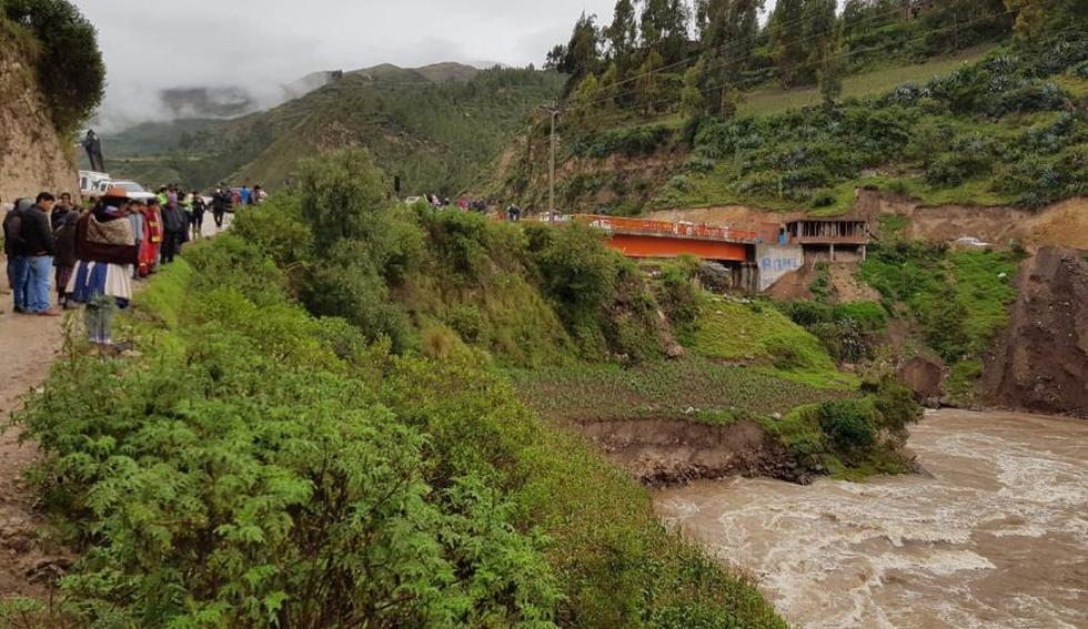Huancavelica: buzos se suman a búsqueda de desaparecidos en río Opamayo