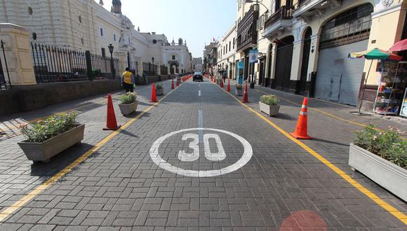 La ATU enfatizó que esta medida beneficiará a los ciclistas y peatones. (Foto: GEC /referencial)