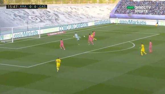 Cádiz se puso en ventaja en el marcador con golazo del hondureño Anthony Lozano a los 15 minutos de juego, por la jornada por la sexta jornada del campeonato. (Foto: captura de video)