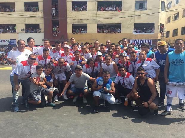 Cebada y Humo logró, por segundo año consecutivo, ganar el Mundialito de El Porvenir tras vencer a Los Cachorros. (Foto: Miguel Carrera).