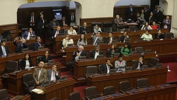 La bancada de Fuerza Popular votó dividida la cuestión de confianza que el presidente Vizcarra planteó en setiembre del 2018. (Foto: Alonso Chero/GEC)