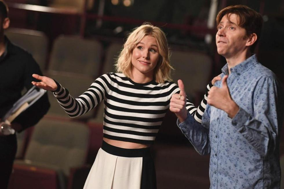 """In 2019, the actress debuted as the host of """"Still!"""", a musical reality show in which participants have to recreate musicals they participated in while they were high school students.  (Source: Disney +)"""