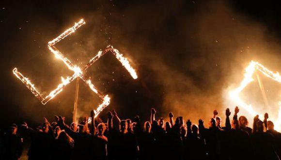 La llegada de ideas nazis a Estados Unidos tras la Segunda Guerra Mundial hizo que no solo el KKK enarbolara la bandera del supremacismo blanco, que desde los años 70 ha adoptado distintas formas y direcciones.