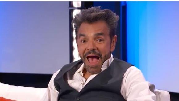 """La incómoda pregunta que le hicieron a Eugenio Derbez: """"¿Quién besa mejor Victoria Ruffo o Sarah Bustani?"""". (Foto: captura de YouTube)"""