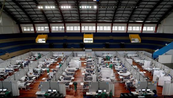 Pacientes de coronavirus en el Hospital Municipal de Campaña Pedro Dell Antonia, el 15 de abril de 2021 en la ciudad de Santo André, en el estado de Sao Paulo, Brasil. (Foto: EFE/ Sebastiao Moreira).