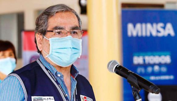 """""""Estamos dejando para el mes de agosto más de 7 millones de vacunas que permitirán vacunar a mayores de 40 y empezar con los de 30"""", sostuvo Ugarte. (Foto: Andina)"""