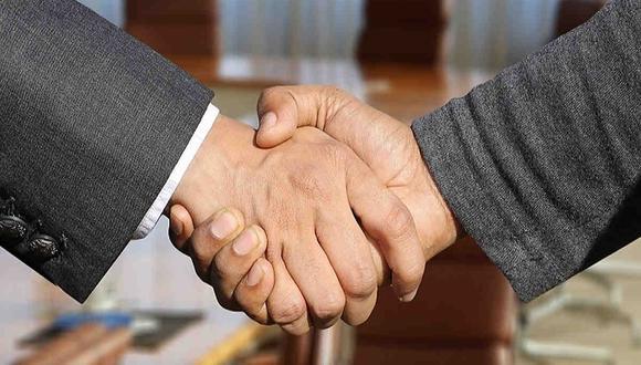 Ley apunta a simplificar el trámite de las fusiones y adquisiciones de empresas en el Perú. (Foto: Pixabay)