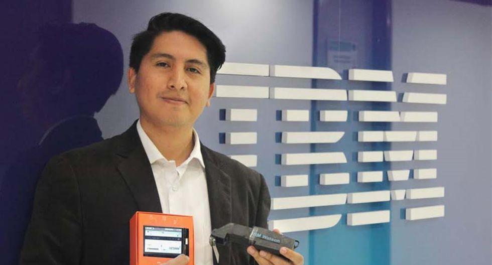 Leoncio Huamán Peredo recibió el reconocimiento por utilizar la tecnología para solucionar problemas causados por la discapacidad. (Foto: Difusión)