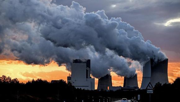 La emisión de gases afecta mucho al medio ambiente. (Foto: EFE)