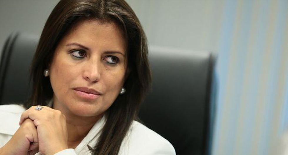Carmen Omonte deploró insultos racistas contra Dina Páucar