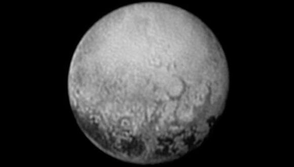 New Horizons descubre que Plutón es más grande de lo previsto