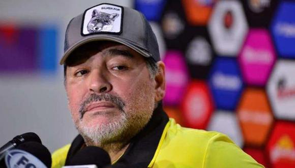 El entrenador de Dorados de Sinaloa, Diego Armando Maradona, detalló los errores de su equipo tras la derrota a manos de Cimarrones en el Ascenso MX (Foto: agencias)