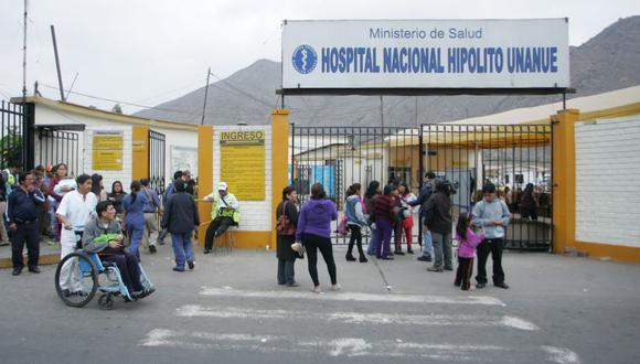 Las autoridades del Minsa y del hospital hicieron entrega de un área de 240 metros cuadrados para el inicio de los trabajos de infraestructura. (El Comercio)