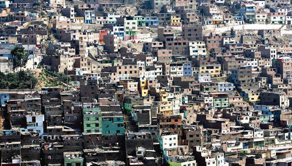 La precariedad es la gran enemiga de Lima. El 70 por ciento de sus casas se construyeron informalmente y muchas son una bomba de tiempo. [El Comercio/Alessandro Currarino]