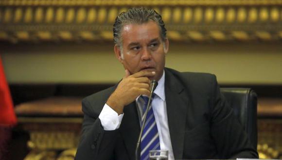 Fiscalía formalizó investigación preparatoria a Víctor Albrecht, congresista de Fuerza Popular. (Foto: Archivo El Comercio)