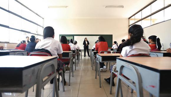 En algunos países, los colegios han establecido un horario semipresencial. En este centro educativo de EE.UU, los alumnos van por turnos. (Foto: Mario Zapata)