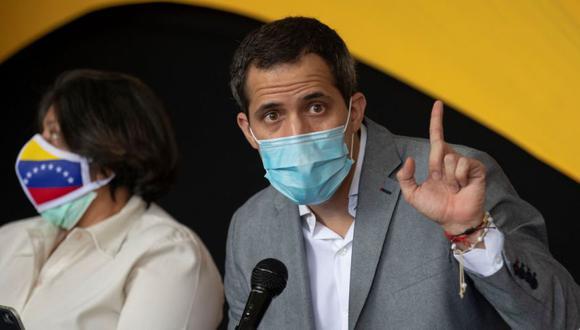 El opositor venezolano Juan Guaidó habla durante una rueda de prensa hoy es Caracas (Venezuela). (Foto: EFE/RAYNER PEÑA R).