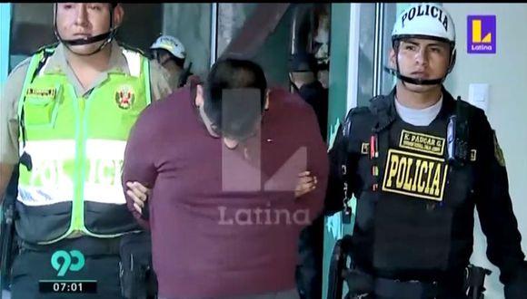 La PNP encontró un arma y municiones entre las pertenencias de Fernando Cortez, sindicado como integrante de la organización criminal 'Los Charlies de Breña'. (Captura: Latina)