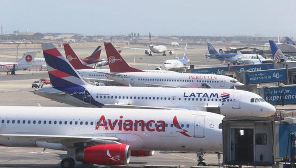 Antes del COVID, el aeropuerto internacional Jorge Chávez operaba al doble de su capacidad, con 23,6 millones de pasajeros por año. Estaba, literalmente, desbordado. (Foto: Agencias)