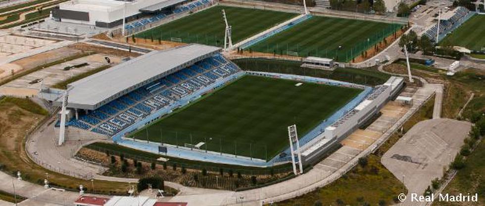 El estadio Alfredo Di Stéfano fue inaugurado el año 2006 en homenaje al futbolista ídolo del Real Madrid. Es la sede del Castilla, filial del equipo blanco, donde jugó nuestro compatriota Cristian Benavente. Se inauguró con el encuentro amistoso entre Real Madrid y el Stade Reims.  (Foto: Real Madrid)