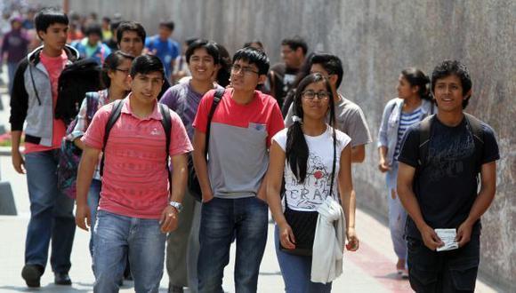 Pensiones en universidades privadas crecerían 5% en el 2016
