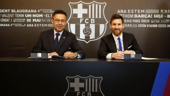 Messi y Bartomeu, en la última renovación del argentino. (Foto: AFP)