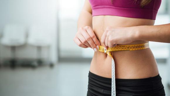 La explicación de por qué a unas personas les cuesta más bajar de peso que a otras podría estar en las bacterias que tienen en la flora intestinal. (Foto: Getty)