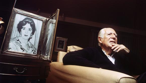 Década del 2000. Entrevista al ex presidente Fernando Belaunde. En la imagen se aprecia el retrato de su madre Lucila Terry. Foto: Archivo El Comercio