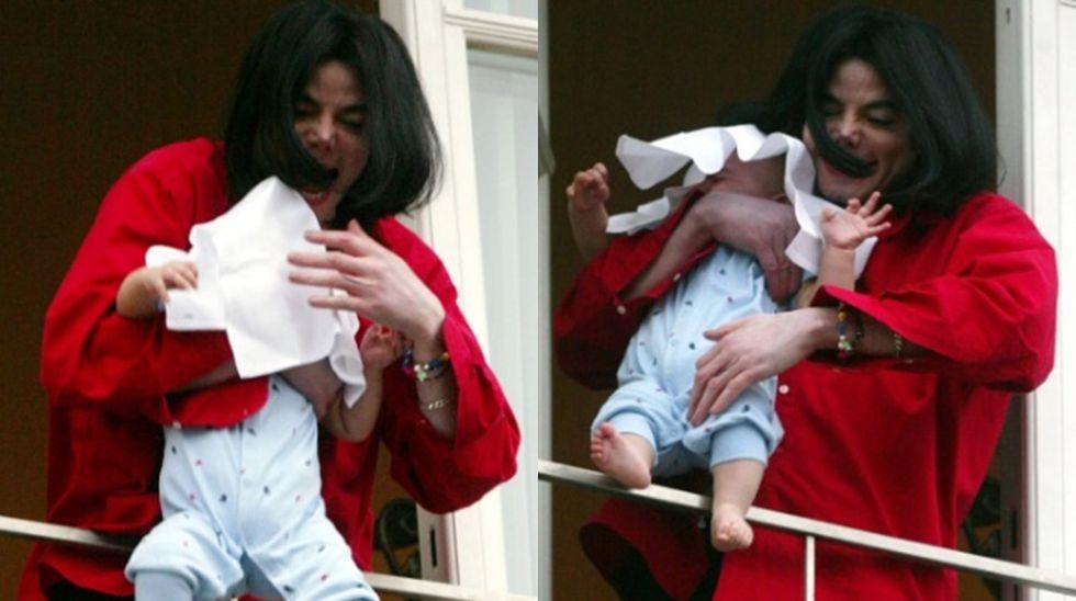 Michael Jackson, cuando asomó a su hijo por un balcón en 2002 fue muy criticado.