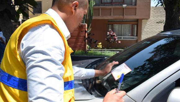 Los gastos de remoción consisten para vehículo menores S/200.00, livianos S/400.00 y pesados S/500.00. (Foto: Municipalidad de Lince)
