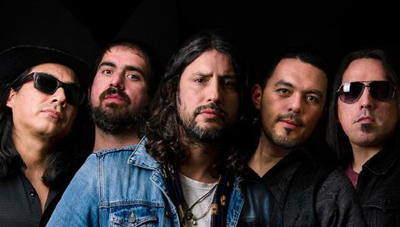 Nueva formación de Emergency Blanket. Paco Holguin (voz), Jaime Urteaga (guitarra), Lufo Armestar (bajo),  Hans Menacho (batería) y Luis Jiménez (guitarra). (Crédito: Maka Mikkelsen)