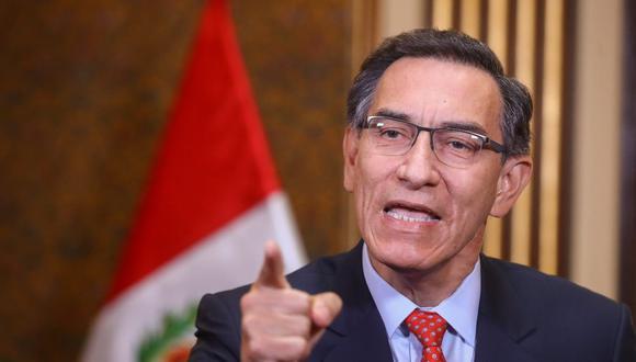 Martín Vizcarra firmó el decreto supremo para que las elecciones generales sean en abril del próximo año. (Foto: Difusión)