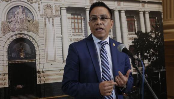 La Comisión de Ética aprobó a inicios de abril iniciar una investigación a Roberto Vieira. (Foto: GEC)