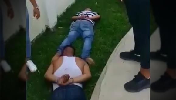 Momento en que capturan a los delincuentes en el inmueble. (Fuente: Captura de video / Ministerio del Interior)