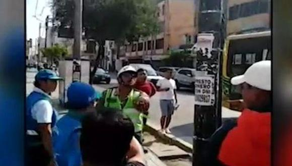 El incidente se produjo en el cruce entre las avenidas Arequipa y Pardo de Zela. (Foto: Captura/América Noticias)
