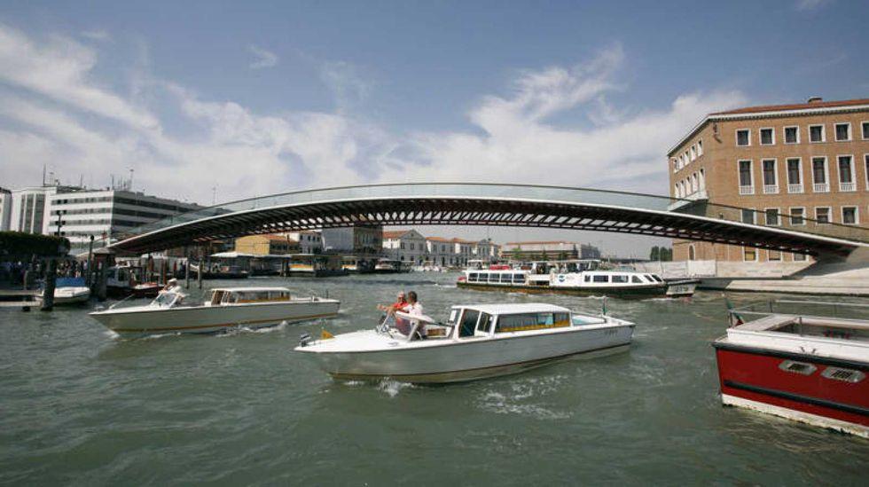 Puente de la Constitución en Venecia, otro despropósito de Calatrava.