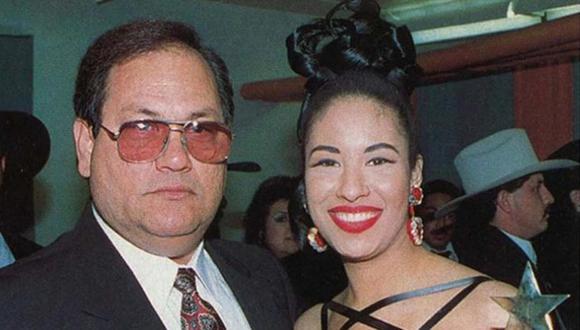 Sin duda el apoyo de su amoroso y, a menudo, exigente padre, Abraham Quintanilla, ha sido fundamental en la vida de Selena (Foto: Getty Images)