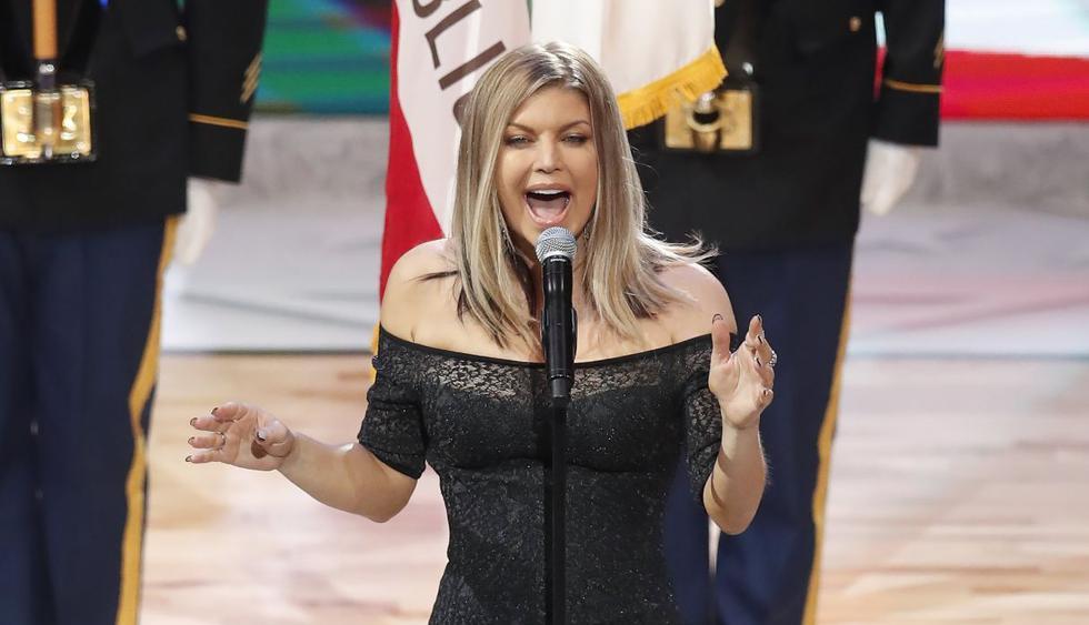 Fergie interpretó el himno de los Estados Unidos en febrero de 2018 y más de uno la criticó, ahora parece que le salió competencia. (Foto: EFE)