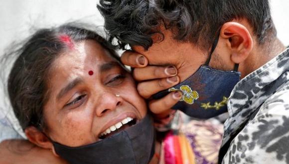 India ha reportado unos 200.000 casos de covid al día desde mediados de abril. (Reuters).