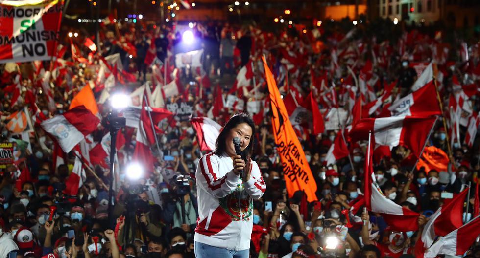 Al 100% de las actas contabilizadas por la ONPE, la diferencia entre Keiko Fujimori y Pedro Castillo bordea los 44 mil votos, una distancia similar a la que se registró frente a Pedro Pablo Kuczynski en el 2016. (Foto: GEC)